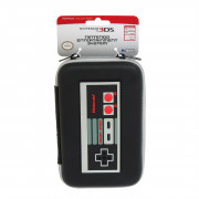 New Nintendo 3DS XL Hard Pouch (Retro NES) 3 DS