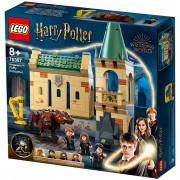 LEGO Harry Potter Rokfort: stretnutie s Chlpáčikom (76387)