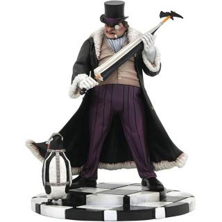DC Gallery - Penguin PVC Figure (DEC192332) Darčeky
