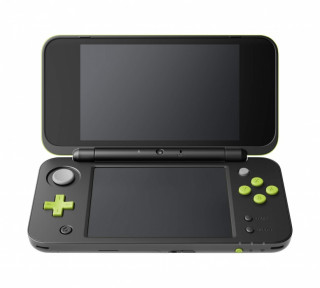 New Nintendo 2DS XL (Black & Lime Green) + Mario Kart 7 3DS